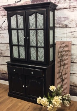SOLD !!!linen cabinet